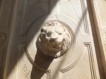 Roman drinking fountain