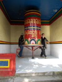 23 - Dharamsala 3 - Prayer wheel